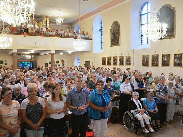 Erzbischof Georg Gänswein, derPrivatsekretär der Päpste in Rom, feierte auf dem Lindenberg einen feierlichen Gottesdienst zu Ehren der Gottesmutter Maria.