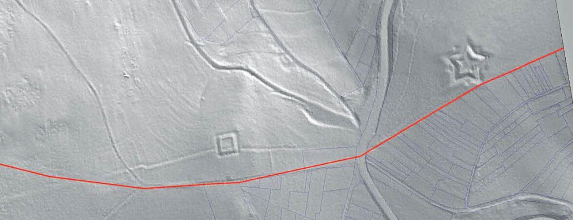 <ppp> und hier rechts eine Lidar-Aufna...e Linie zeigt einen Verbindungsgraben.  | Foto: BZ