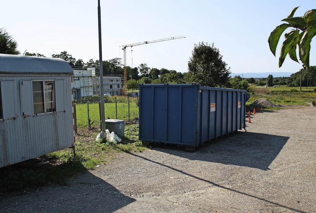 300 fl chtlinge noch vor dem winter bad krozingen for Smart haus wohncontainer