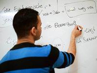 Fl�chtlinge mit Sprachkenntnissen haben auch Chancen auf einen Job
