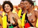 Jungfrauen-Tanz f�r K�nig von Swasiland