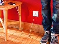 Mann lädt Handy in Café auf – Polizei ermittelt wegen Stromdiebstahls