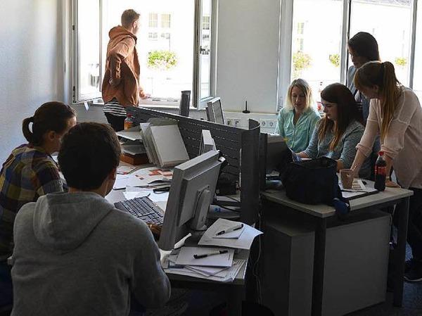 Die Azubi-Redaktion bei der Arbeit