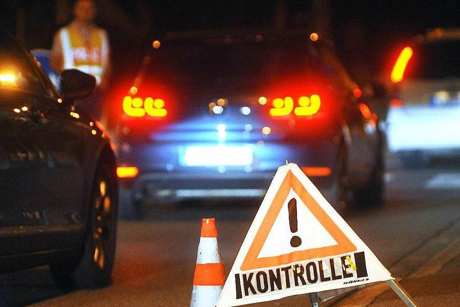 Auch andere Länder wie Tschechien kündigen mehr Kontrollen an der Grenze zu Österreich an. (Foto: dpa)