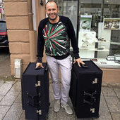 Zwei gro�e Koffer!