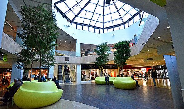 ausland markthallenquartier op am offenen herzen von paris badische. Black Bedroom Furniture Sets. Home Design Ideas
