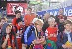 B. Zettis Ferienspaß: Timo und seine Fußballmannschaft beim SC Freiburg