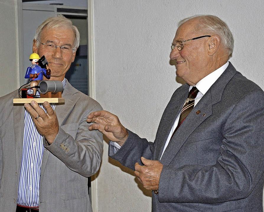 Der Kreisverbandsvorsitzende der CDU-S...zum Jubiläum der Schopfheimer Gruppe.   | Foto: Georg Diehl