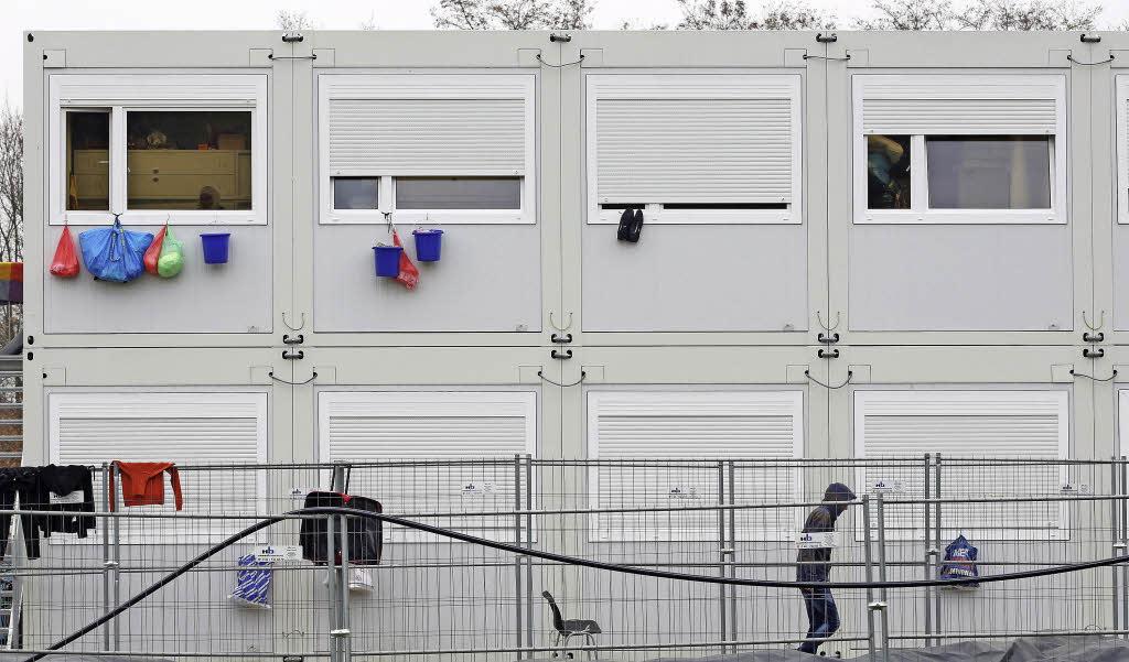 Wohncontainer am s dlichen stadtrand breisach badische for Smart haus wohncontainer