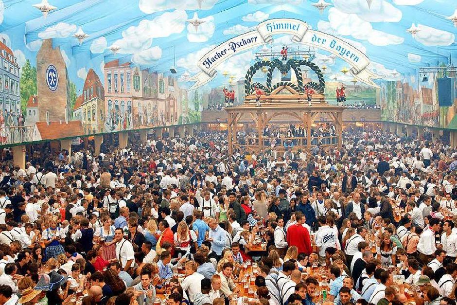 Der Bundesnachrichtendienst (BND) lud bis 2011 jährlich Spione aus aller Welt  auf  das Münchner Oktoberfest ein.  Wie viele Spionagekollegen regelmäßig in den Genuss kämen, wolle die Bundesregierung nicht beantworten. Pro Gast fielen bis zu 50 Euro Bewirtungskosten an. (Foto: Frank Leonhardt)