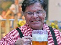 """Oktoberfest-Wirt: """"Das Bier kann niemals ausgehen"""""""