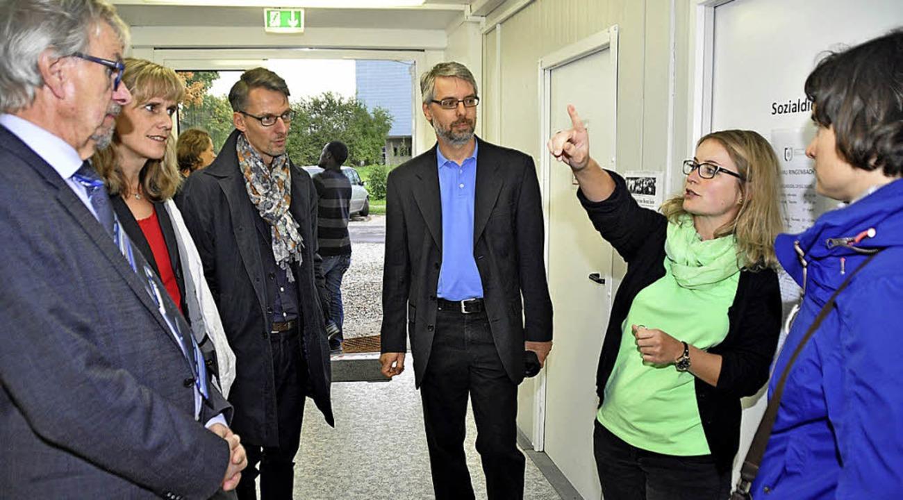 Lars Castellucci (Dritter von links) b...nft des Landkreises in Bad Krozingen.   | Foto: Julius Steckmeister
