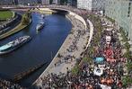 Fotos: Mindestens 150.000 Menschen protestieren in Berlin gegen TTIP