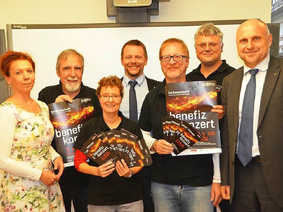 Sabine Weidert, Manfred Steinle, Susan...eister Stefan Schlatterer (von links).  | Foto: Sylvia-Karina  Jahn