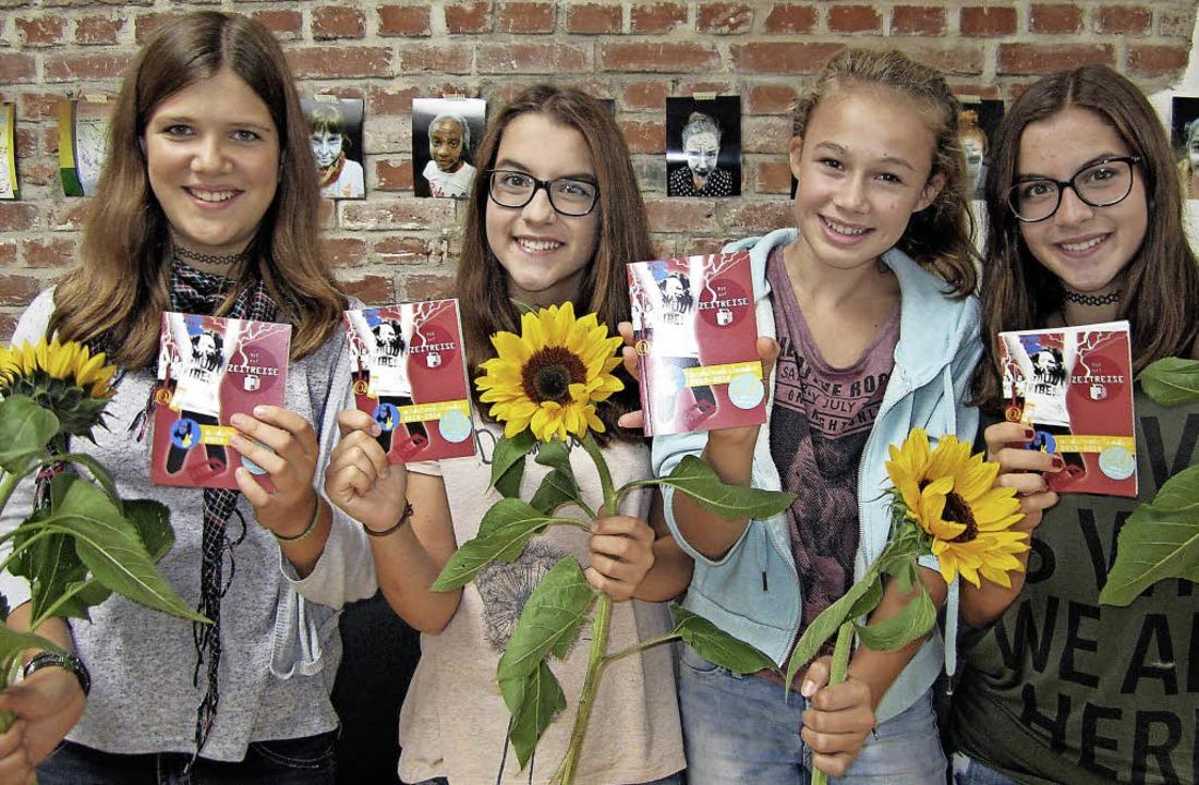 Sofia Flotho,           Alena Rühl,   ...sind  Shirin Kargin und Louisa Kaiser.    Foto: privat