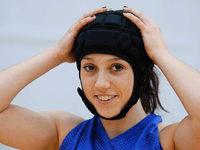 Warum spielt eine Freiburger Basketballerin mit Kopfschutz?