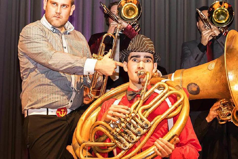 """Band """"Da Blechhauf´n"""" aus Österreich zu Gast beim Sparkassenjubiläum in Grafenhausen (Foto: Wilfried Dieckmann)"""