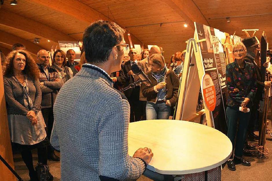 SVS-Präsident Stefan Wwirbser eröffnete die Ausstgellung 125 Jahre Skilaf im Schwarzwald im Haus der Natur im Beisein vieler Wintersportfans. (Foto: Ralf Morys)