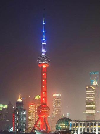 Der Pearl Tower in Schanghai.