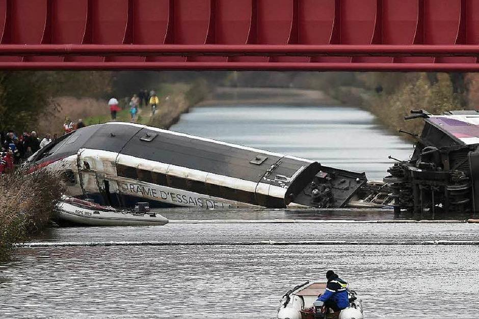 In Eckwersheim bei Straßburg ist ein TGV entgleist (Foto: AFP)