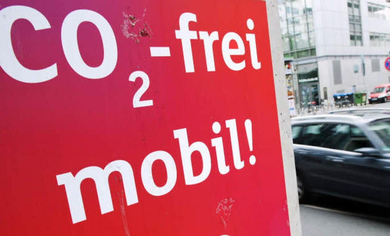 Mobil ohne Kohlendioxid – das klappt nicht so richtig.  | Foto: dpa