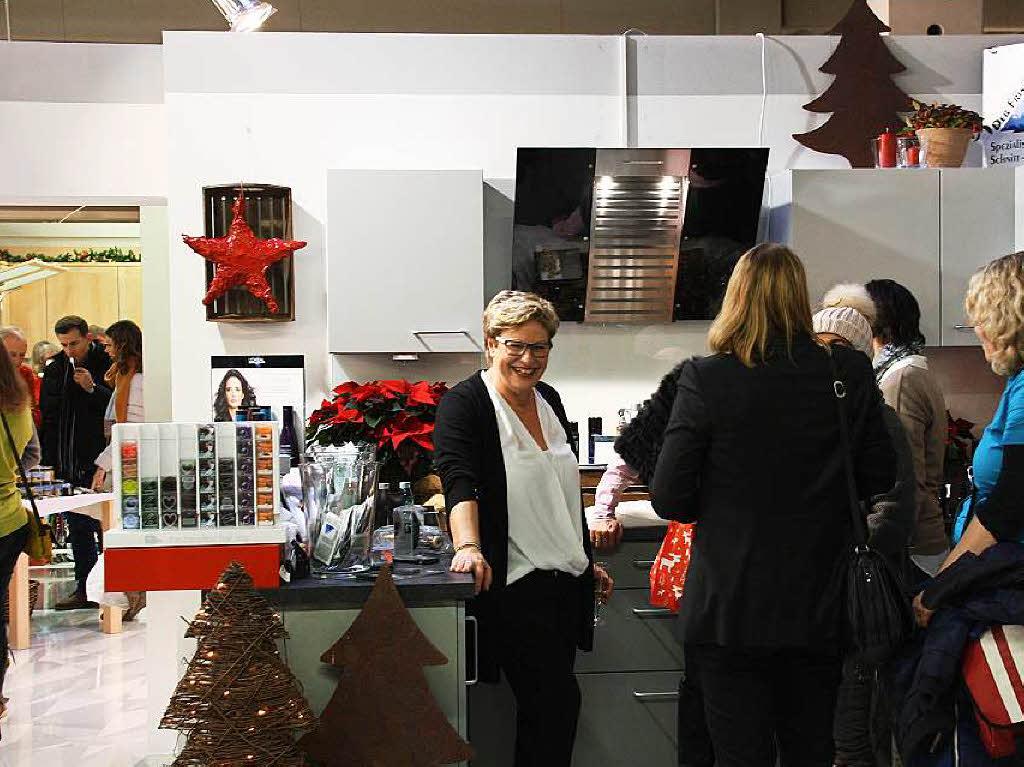 fotos stimmungsvoller wintermarkt in bahlingen. Black Bedroom Furniture Sets. Home Design Ideas