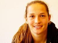 FIFA 16 mit Nationalkeeperin Laura Benkarth aus Freiburg