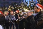 Fotos: Rheinfelder Weihnachtsmarkt l�dt zum Bummeln ein