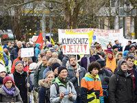 1500 demonstrierten in Freiburg gegen den Klimawandel