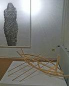 Objekte in Holz von Dietmar Mechsner und Zeichnungen von Carola Faller-Barris in Bernau