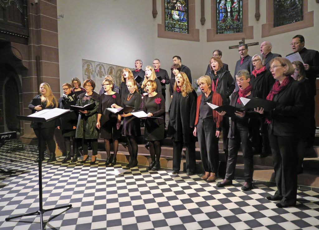 Der Chor Temporal begeisterte das Publikum in der vollbesetzten Pauluskirche in Badenweiler.