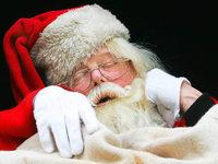 Ausschlafen an den Feiertagen ist okay, sagen Experten