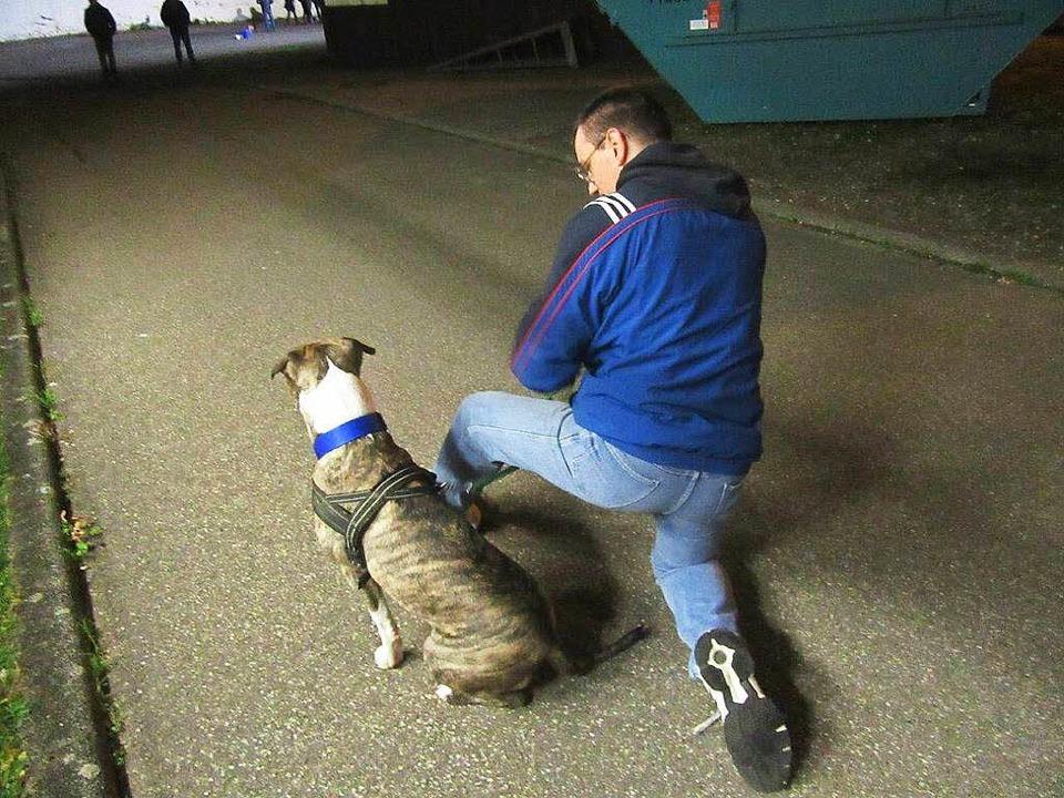 Thorsten Maurer mit seinem Mittwochshund Jesper.  | Foto: privat