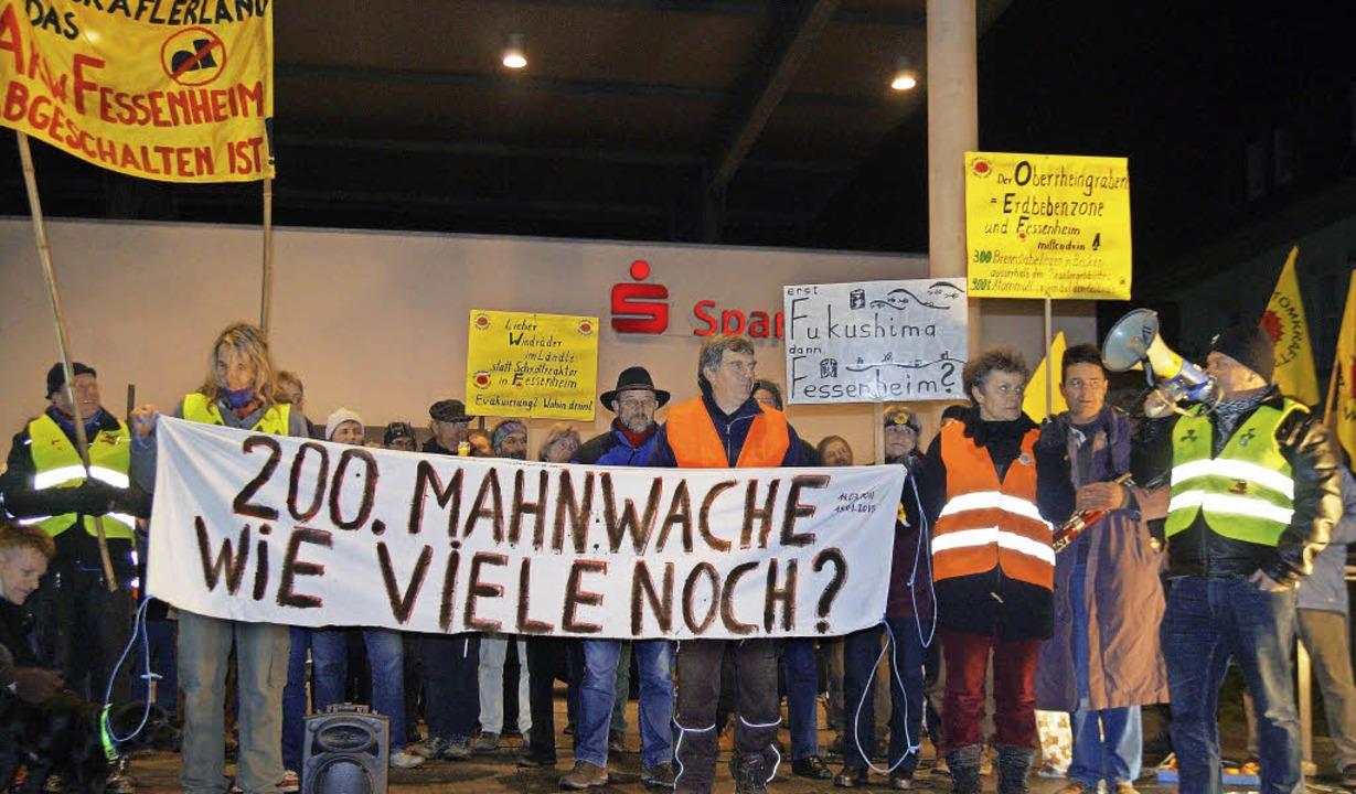 Vor einem Jahr fand die 200. Mahnwache... des AKWs Fessenheim zu protestieren.   | Foto: Silke Hartenstein