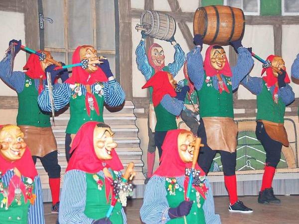 Beim Zunftabend führten die Fässlistemmer auch ihren traditionellen Fässlistemmertanz vor.