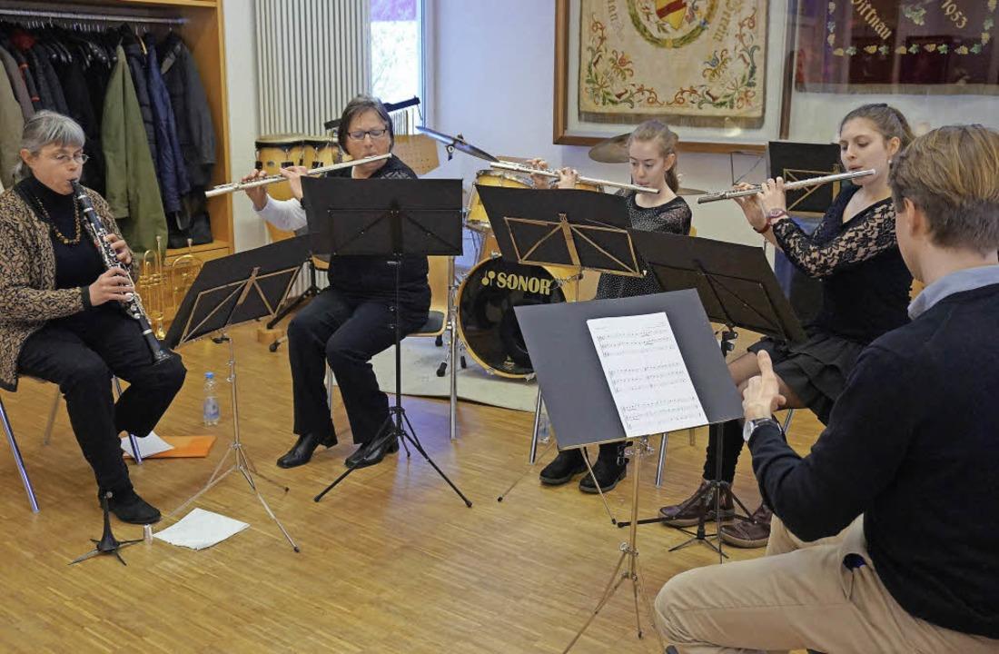 Mitglieder des Musikvereins Wittnau ze...verschiedenen Formationen ihr Können.     Foto: Julius Steckmeister
