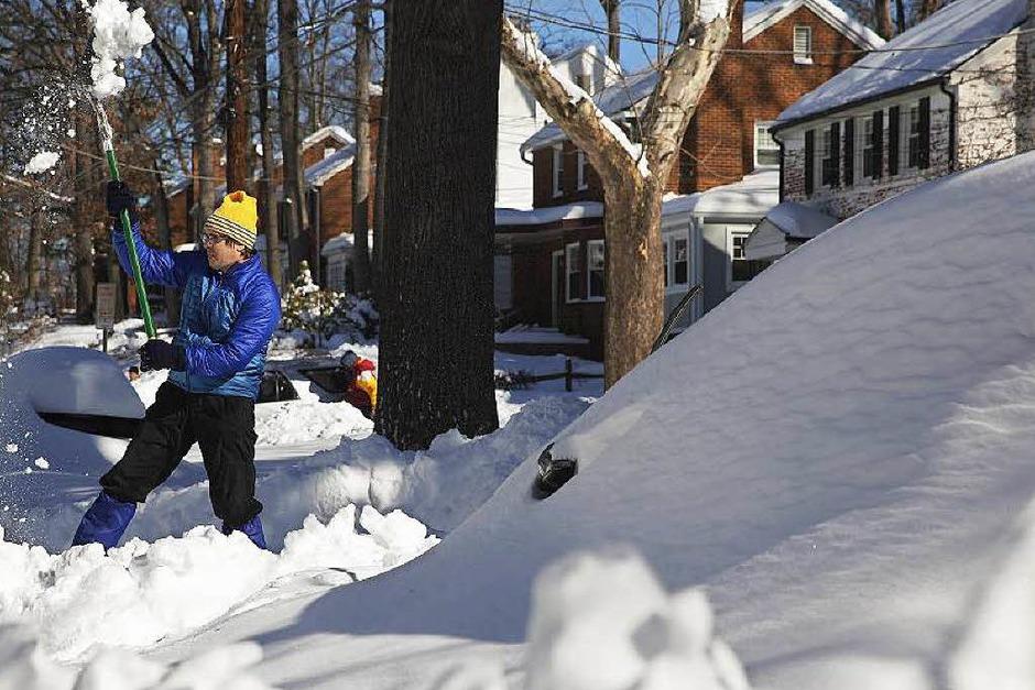 Schneemassen in New York und Washington. Die einen freute es, die anderen nervte es. (Foto: AFP)