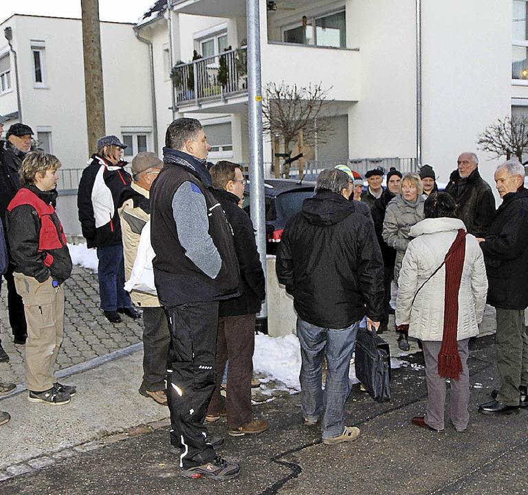 Ortstermin im Winkel in Zell-Weierbach.    | Foto: SPD