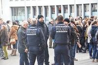 Sp�taussiedler demonstrieren gegen Fl�chtlinge in Lahr