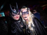 Fotos: So vampm��ig sexy war der Kripoball in Freiburg