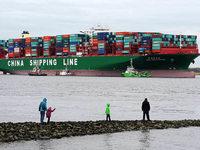 Weil die Frachter gr��er werden, steigt die Unfallgefahr
