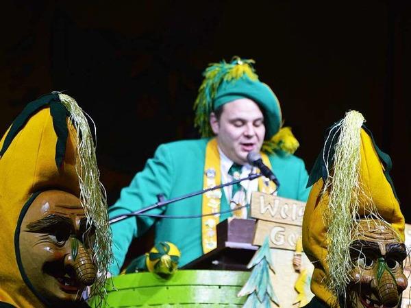 Oberzunftmeister Michael Heizmann eröffnet die Welschkorngeister-Show im Bürgerhaus.