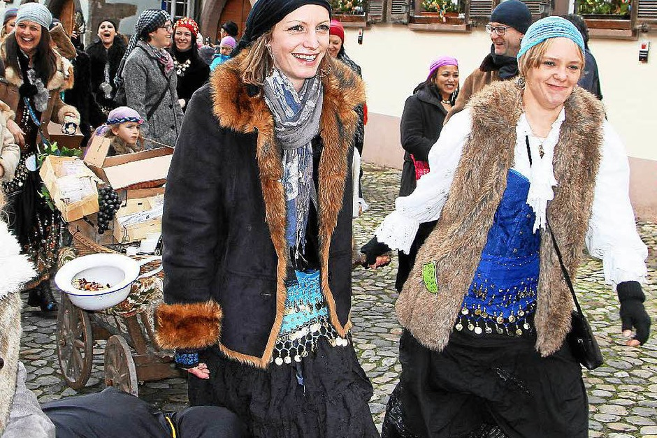 Impressionen vom Umzug in Burkheim (Foto: Herbert Trogus)