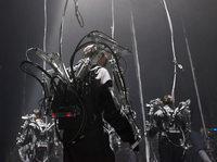 "Louis-Philippe Demers' interaktive Roboterperformance ""Inferno"""