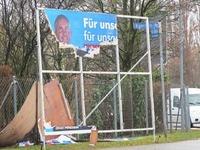 Zoff um zerst�rte AfD-Plakate - und um den Umgang damit