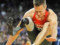 Darf ein Weitspringer mit Karbon-Bein in Rio starten?