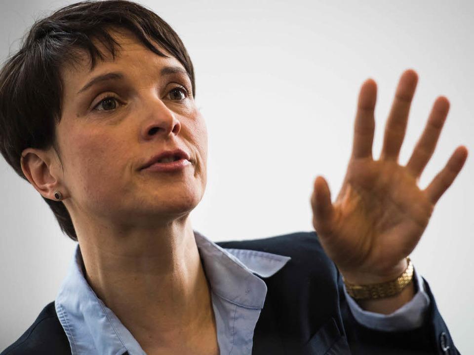 Frauke Petry tritt am Oberrhein auf: E... März – spricht sie in Breisach.  | Foto: AFP