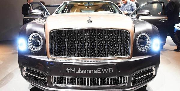 Konkurrenz im Luxussegment: Den Bentley Mulsannegibt's  in drei Variationen