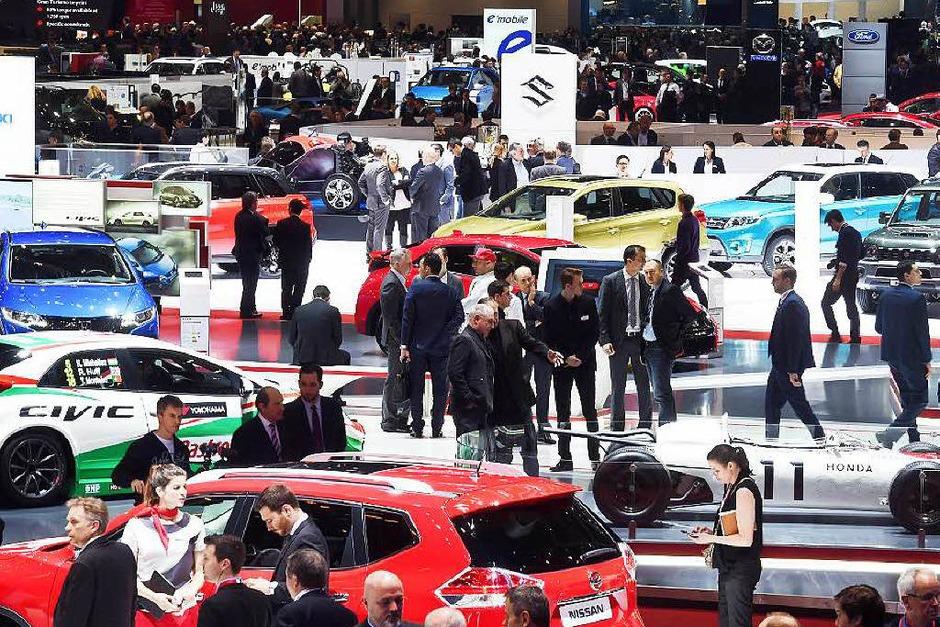 Der Genfer Automobilsalon bietet auf überschaubarer Fläche einen guten Überblick über den aktuellen Automarkt. (Foto: dpa)