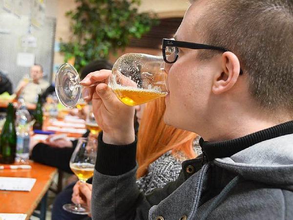 12 verschiedene Biere durften die Besucher beim Bierseminar in Denzlingen verkosten.